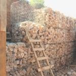 Τοποθέτηση συρματοκιβωτίων για δημιουργία τοίχου αντιστήριξης